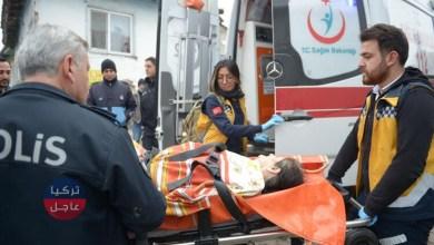 Photo of مسن يطعن امرأة في صدرها بأسكي شهير والسلطات تنقل الإثنين إلى المستشفى (فيديو) .. إليكم التفاصيل