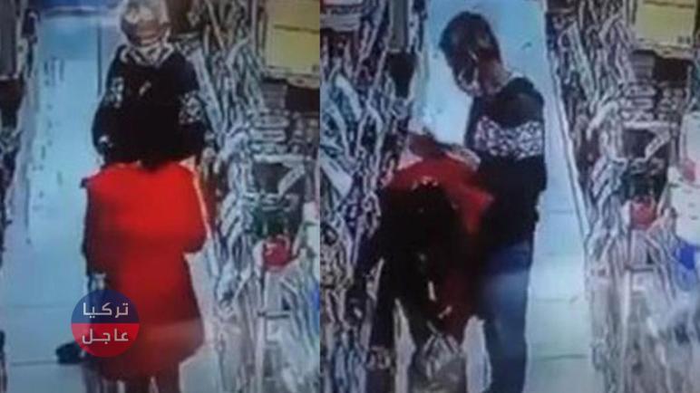 بالفيديو مسن اعتدى على طفلة داخل ماركيت وحاول الفرار من إسطنبول