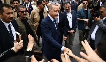 Erdogan leaves polling station in Istanbul