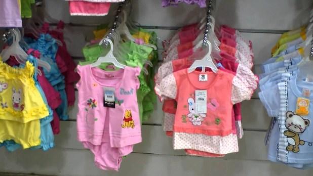 مصنع ملابس اطفال حديثي الولادة