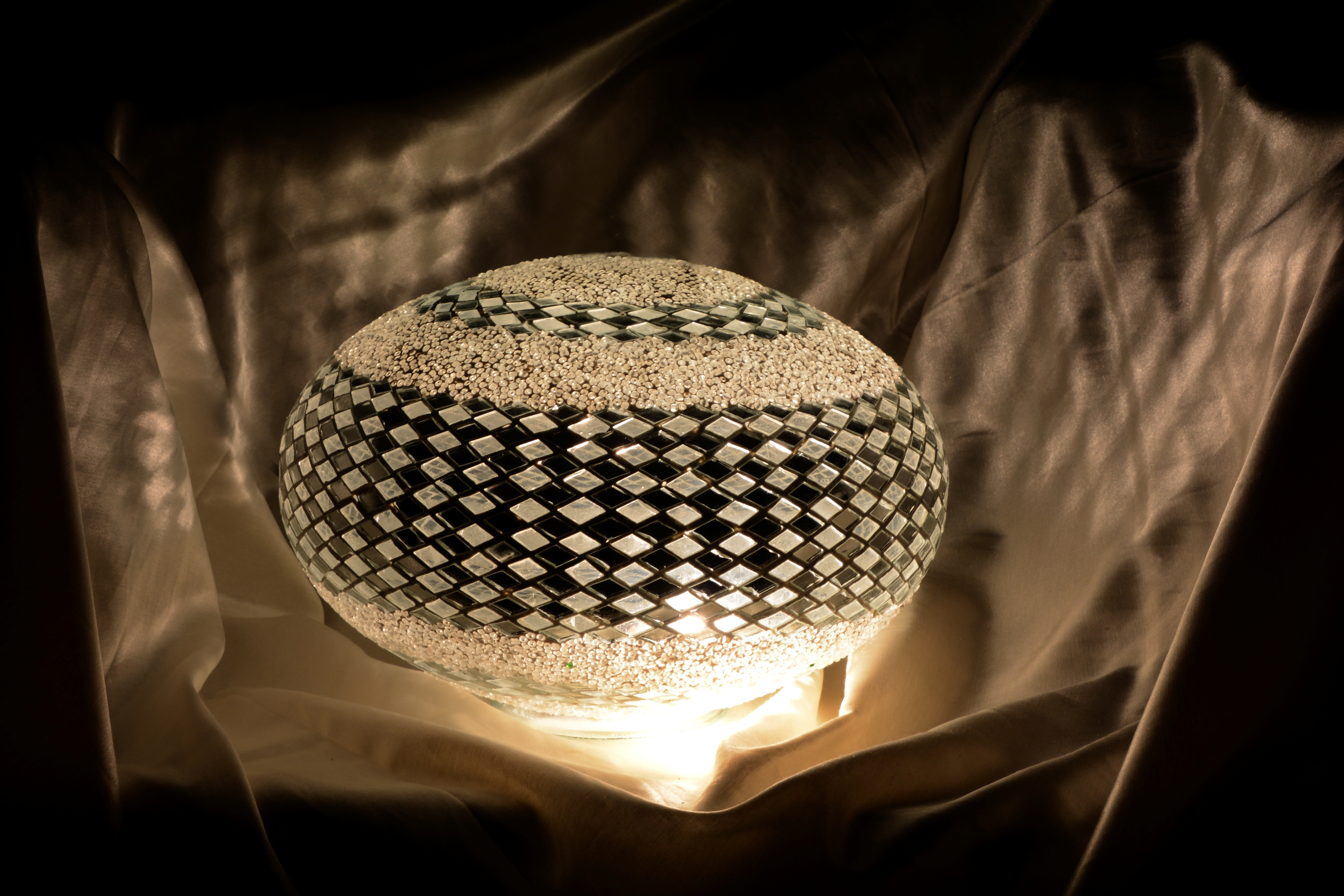 30 cm ufo mosaic lamp model