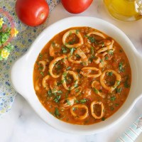 Calamari With Tomato Sauce Recipe