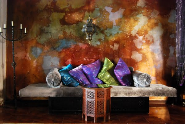 Living Room Furniture Accentuates The Home Decor