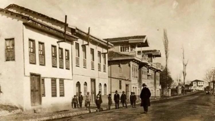Старые картины Биледжик История