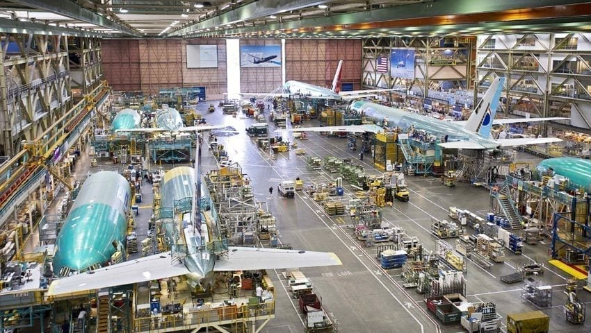 صناعة الطائرات في اسكي شهير