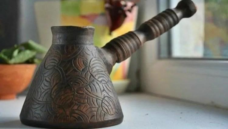 Cezve de cerámica