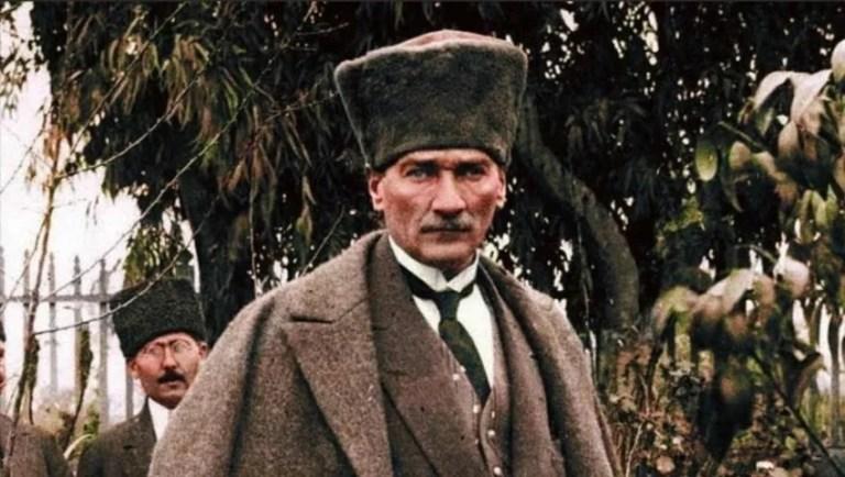 How did Mustafa Kemal Atatürk got named?