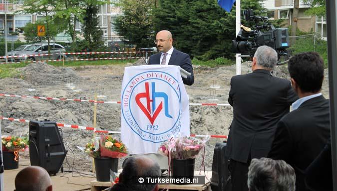 Krachtige boodschap tijdens bouw nieuwe Turkse moskee Den Haag2