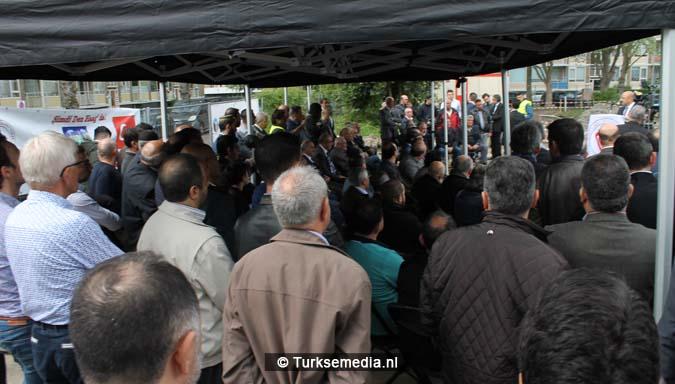 Krachtige boodschap tijdens bouw nieuwe Turkse moskee Den Haag3