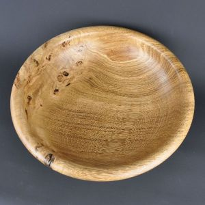 Large fruit bowl in oak