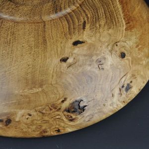 burr figure in oak bowl