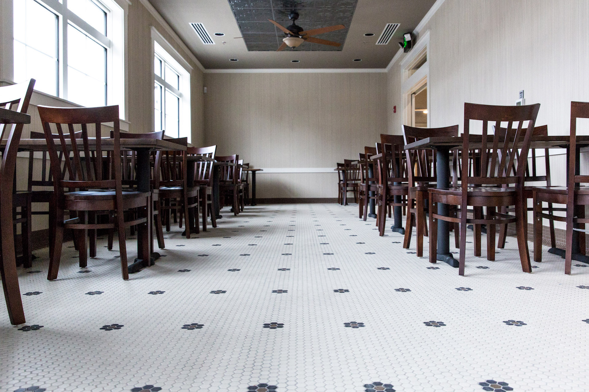 restaurant tile installation in kansas