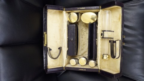 Harrod's silver Topped Grooming Kit