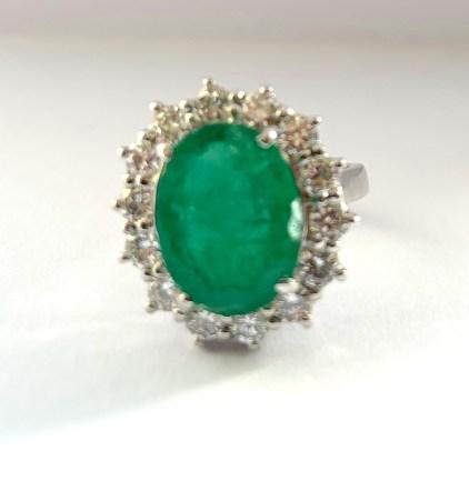18ct 3.95ct Emerald & Diamond Ring