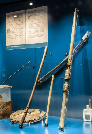 02-mary-rose-instrument-exhibit