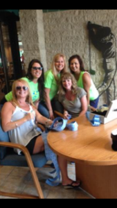 supporters at golf outing for turner syndrome