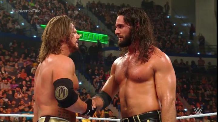 Seth Rollins derrota a AJ Styles en Money In The Bank