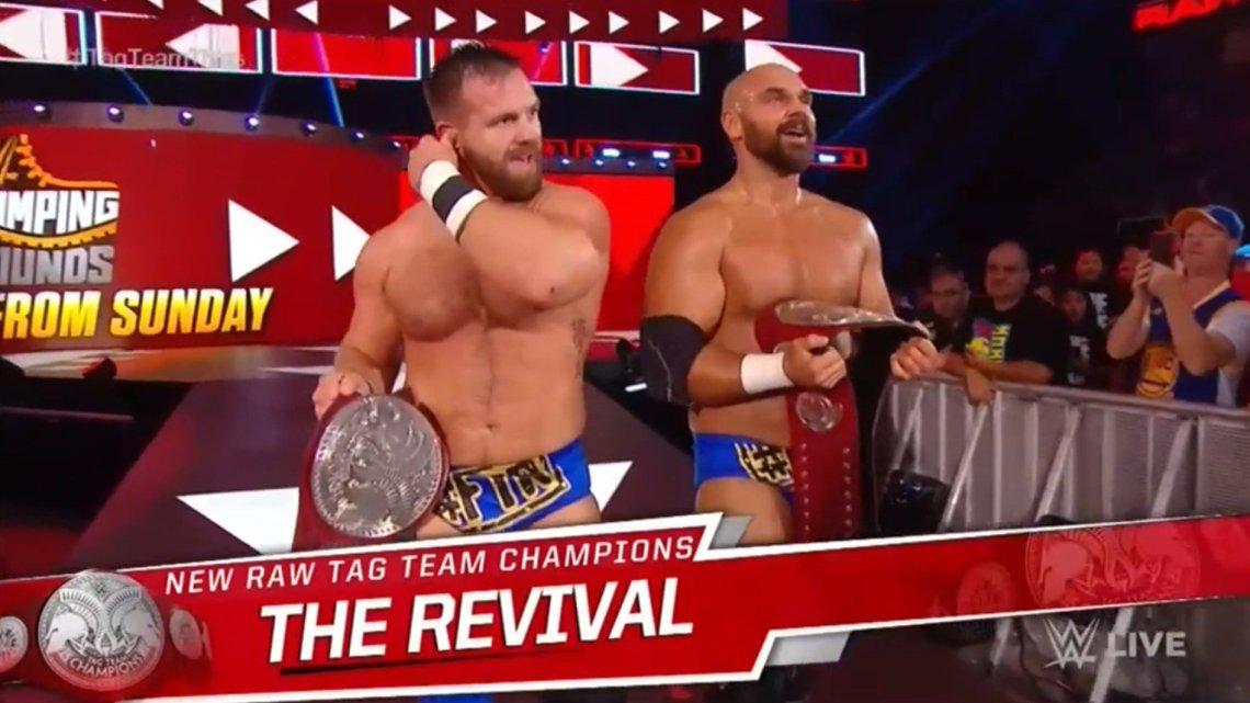 The Revival nuevos campeones por pareja de WWE RAW