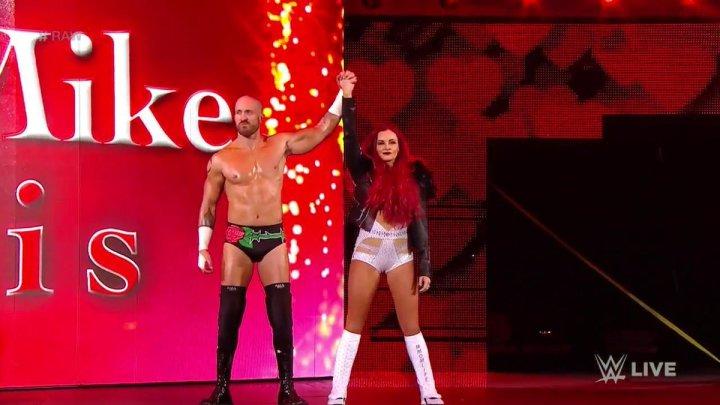 Maria y Mike Kanellis aparecen en Raw
