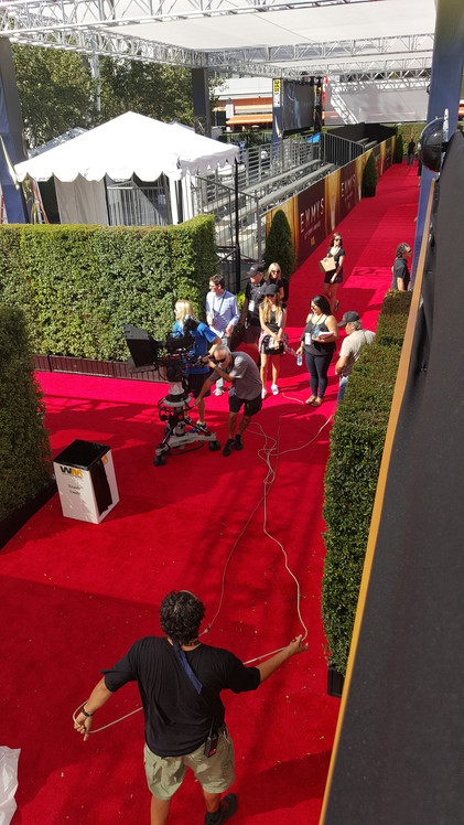 Behind the scenes of the Red Carpet - courtesy of the E Channel