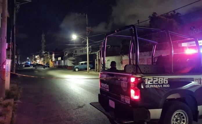 """Catea Fiscalía bar """"La Oficina"""" en la Región 92 de Cancún"""