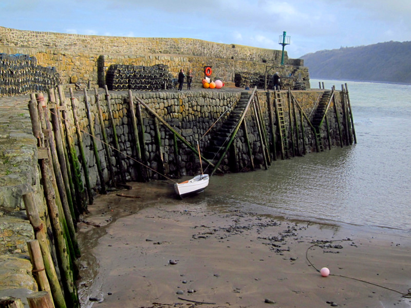Clovelly Sea Wall