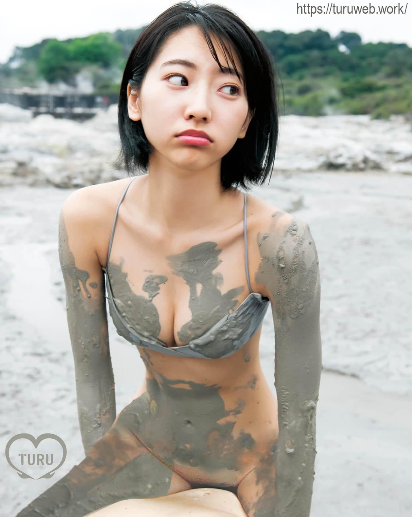 武田玲奈エロアイコラ 海辺で泥まみれSEX