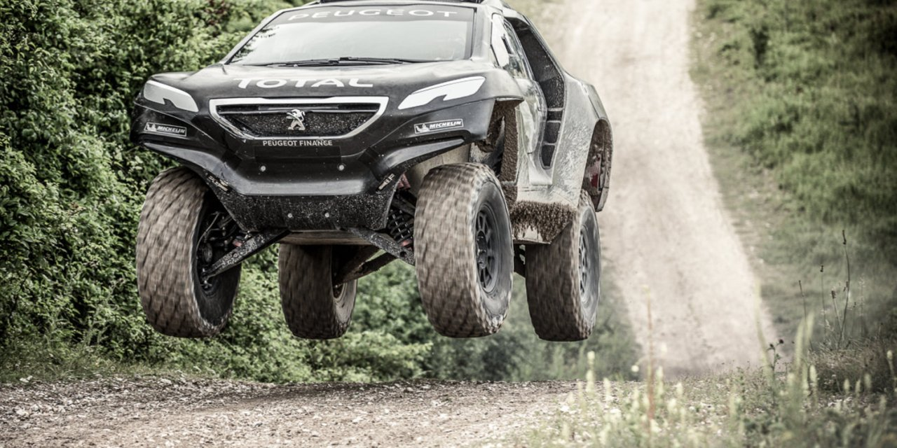 Peugeot 2008 DKR – Dakarowy Lew już jeździ – VIDEO i FOTO