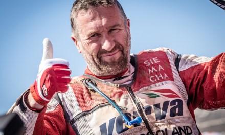 Rafał Sonik leci na Dakar