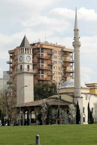 Klocktornet och moskén