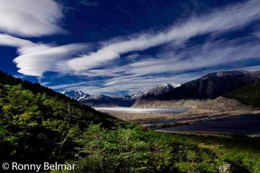 Panorámica del Glaciar Neff y la Laguna Espejo