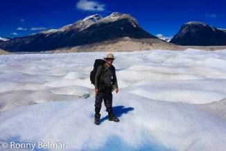 Autofoto de Ronny Belmar en el glaciar Neff