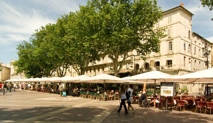 Plaza de l'Horloge. Autor C. Rodde.