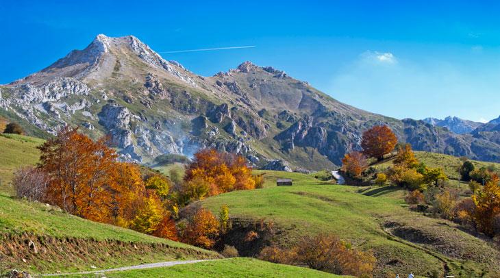 Ruta del lago del valle. Foto Camilo Alonso. Cedida por Turismo de Asturias.