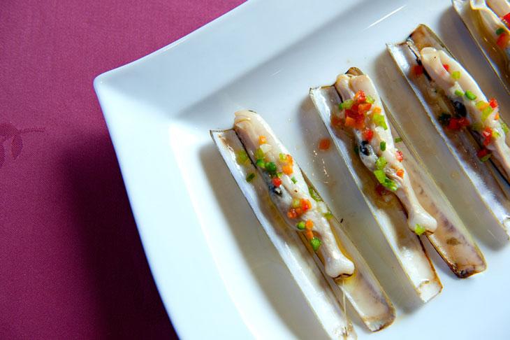 Las navajas son emblemas gastronómicos de las rías gallegas