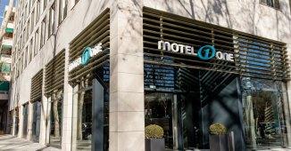 Entrada Motel One Barcelona Ciutadella