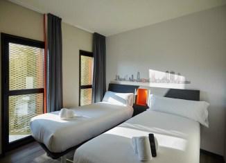 Habitación easyhotel Barcelona