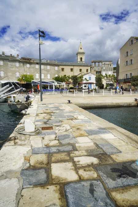 Saint-Florent es una población turística del norte de Córcega