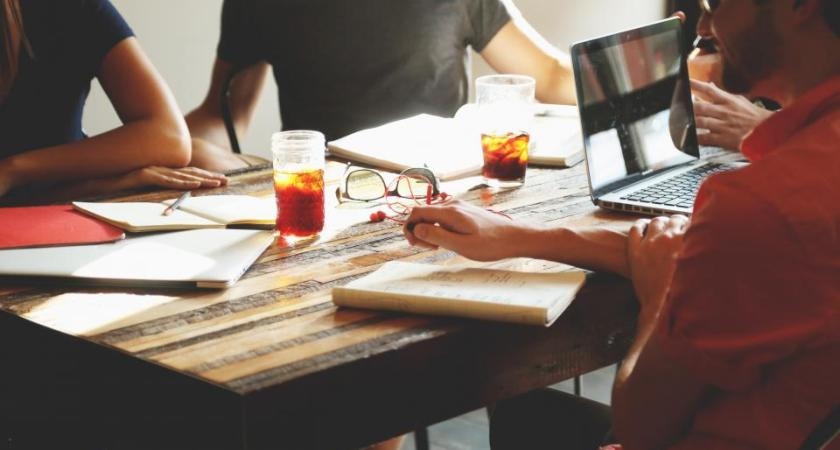 5 Circles Of People To Experiment Your Business Ideas