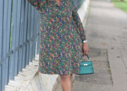 4 Reasons Why Vintage Pieces Are The New Trendy Fashion