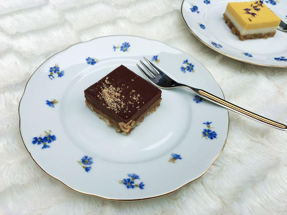Delhaize RAW Cakes vegan taart