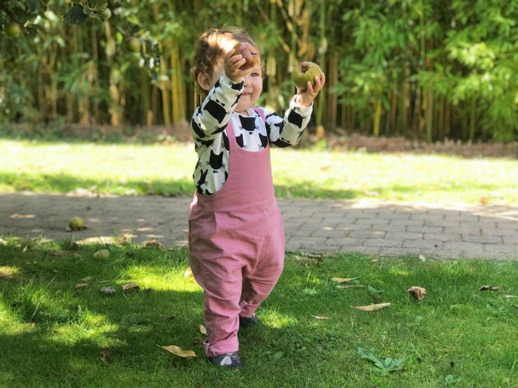 De tuinbroek voor mijn kleindochter | Review eerlijke kinderkleding Byliesje