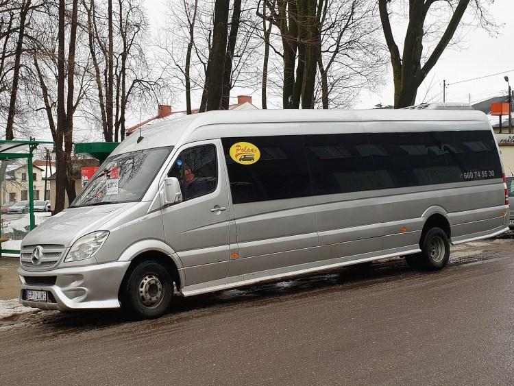 Bus Polan Przy Parkowej 3.jpg 4 3 900x675