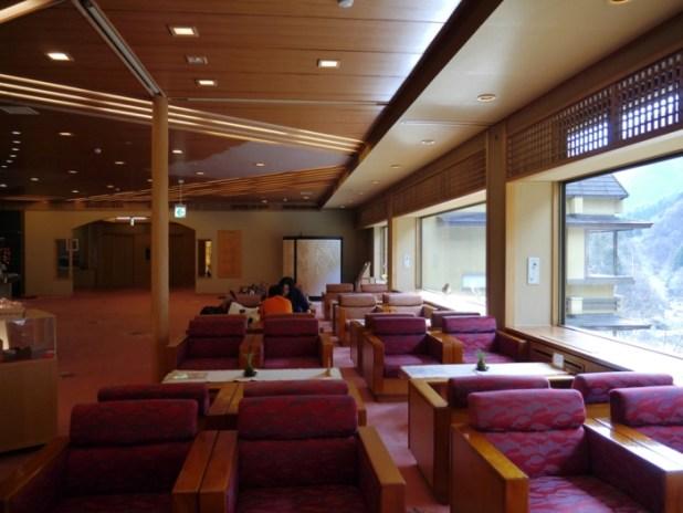Το Πιο Παλιό Ξενοδοχείο Πάνω από 1300 ετών - Nishiyama Onsen Keiunkan