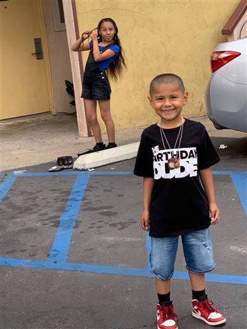 Steven Romero fue asesinado a tiros el domingo en el Festival de Ajo Gilroy en California. (Cortesía: Alberto Romero)