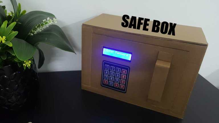 Safe Box Using I2C LCD and 4x4 Keypad On Arduino.