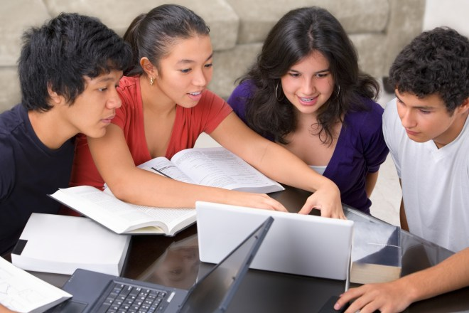Every parent wants to see their children succeed in life. In order to cultivate long-term success, students must first have a strong academic career. Even when children are naturally gifted in a subject, they need to learn the skills that allow them to focus on the task at hand. As a parent, you can play a major role in helping your child develop effective study habits for students.