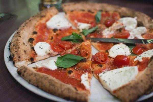 pizza cibo voglie voglia food healthy fit ragazze ciclo
