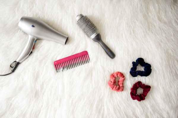 ragazze capelli haircare routine phon shampoo