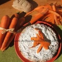 Torta di carote, miele e zenzero con farina integrale